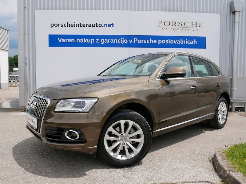 Audi Q5 quattro 2.0 TDI Business Plus S tronic - SLO