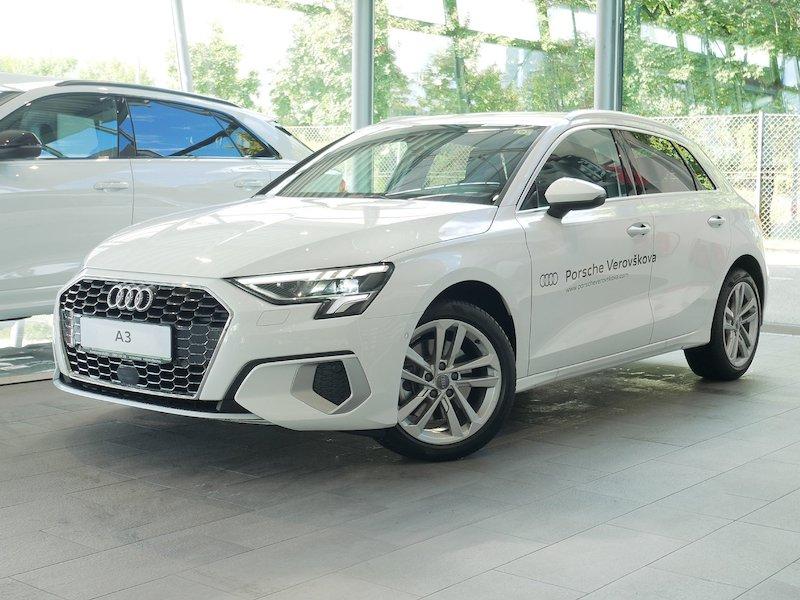 Audi A3 Sportback 30 TDI Advanced - SLOVENSKO VOZILO