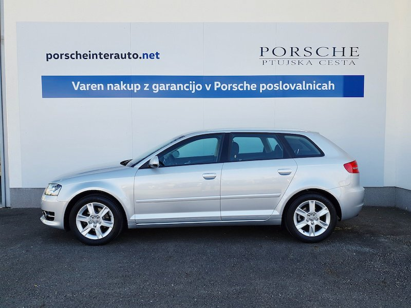 Audi A3 Sportback 1.2 TFSI Attraction3