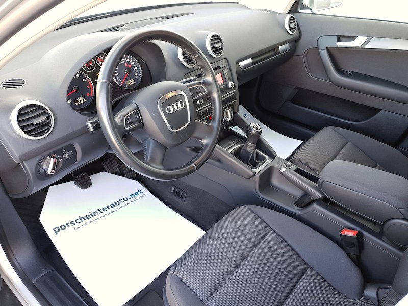 Audi A3 Sportback 1.2 TFSI Attraction9