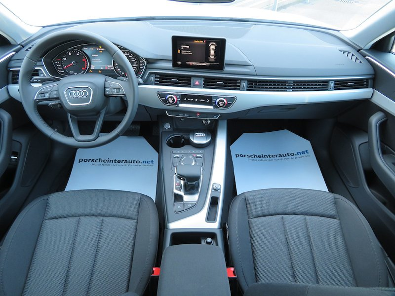 Audi A4 35 TDI S Line Limited Edition S tronic11