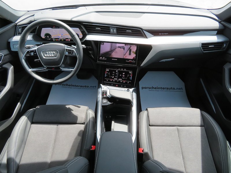 Audi e-tron 55 Advanced11