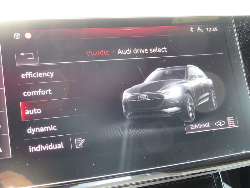 Audi e-tron 55 Advanced16