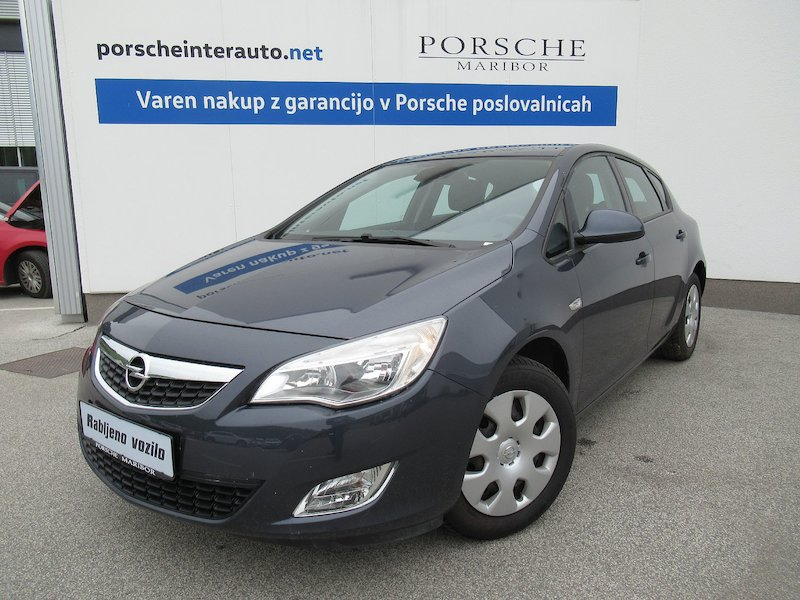 Opel Astra 1.4 Turbo Enjoy1