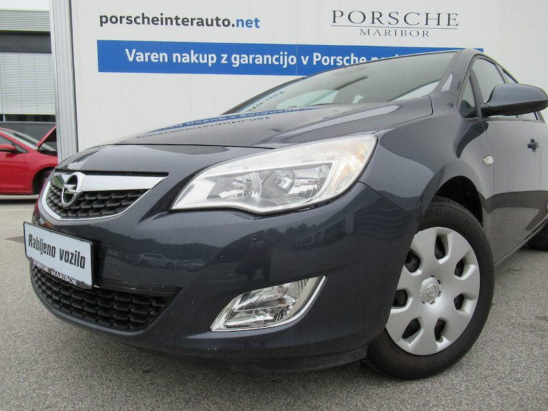 Opel Astra 1.4 Turbo Enjoy5