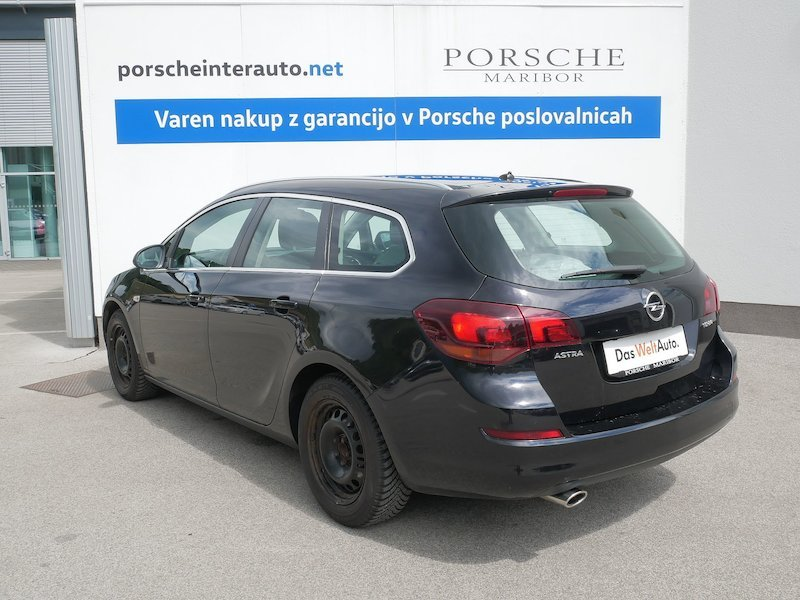 Opel Astra Sports Tourer 1.4 Turbo Cosmo4