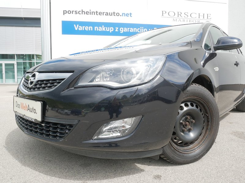 Opel Astra Sports Tourer 1.4 Turbo Cosmo5