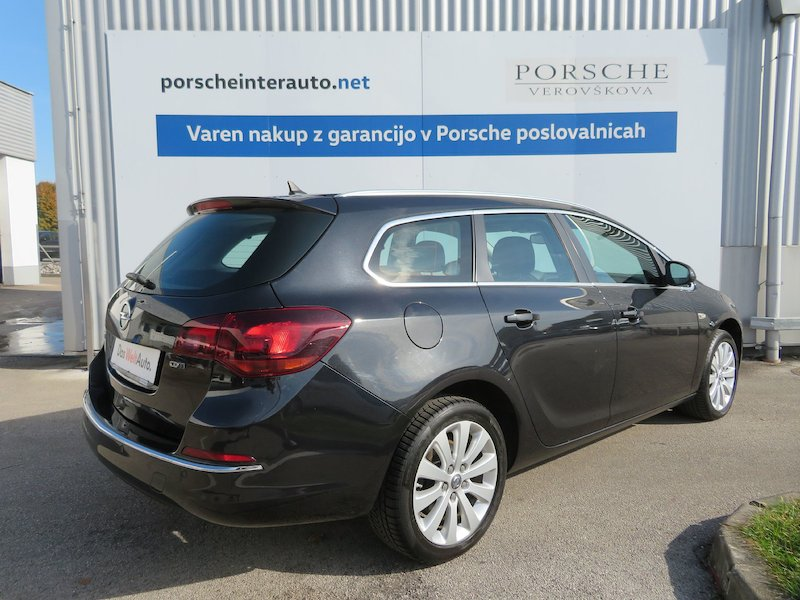 Opel Astra Sports Tourer 1.6 CDTI Cosmo Start Stop4
