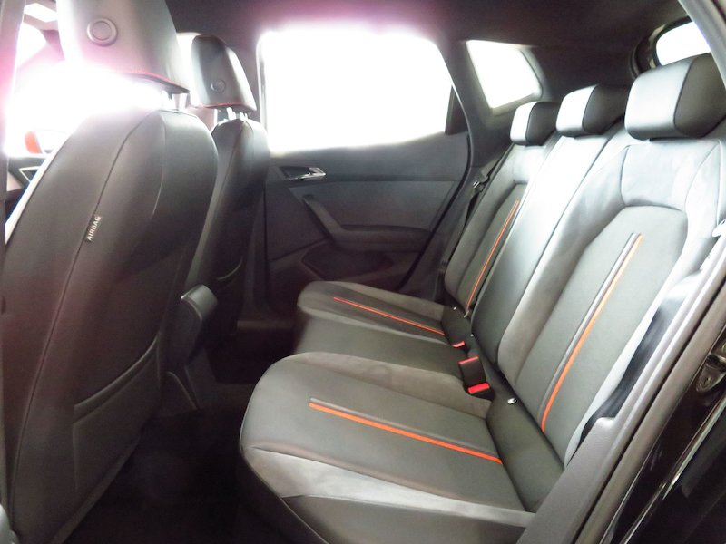 seat arona 1 0 tsi beats plus porsche inter auto. Black Bedroom Furniture Sets. Home Design Ideas