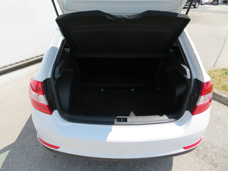 Škoda Rapid Spaceback 1.6 TDI Ambition7