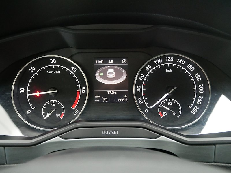 Škoda Superb Combi   2.0 TDI Greentec Business13