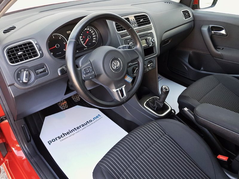 Volkswagen Polo 1.6 TDI Highline9