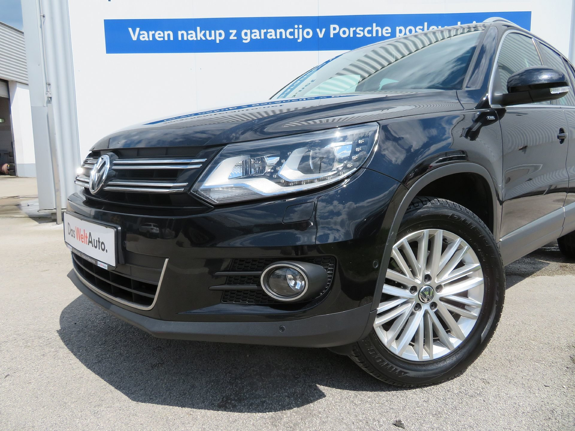 volkswagen tiguan 2 0 tdi 4motion bmt sport style dsg. Black Bedroom Furniture Sets. Home Design Ideas